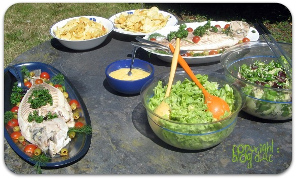 Table Plat Buffet Jardin Dorades Royales Salades Mayonnaise
